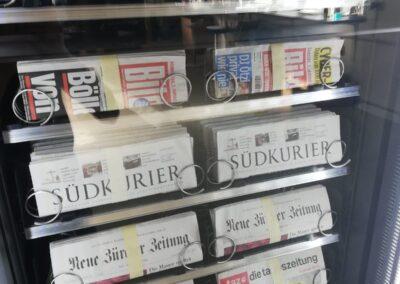 Zeitungs-Automat 11