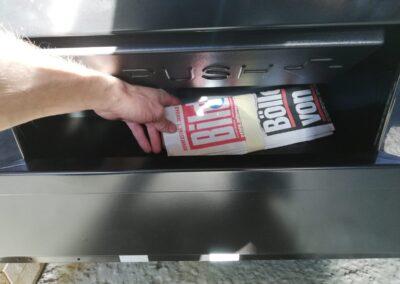 Zeitungs-Automat 6